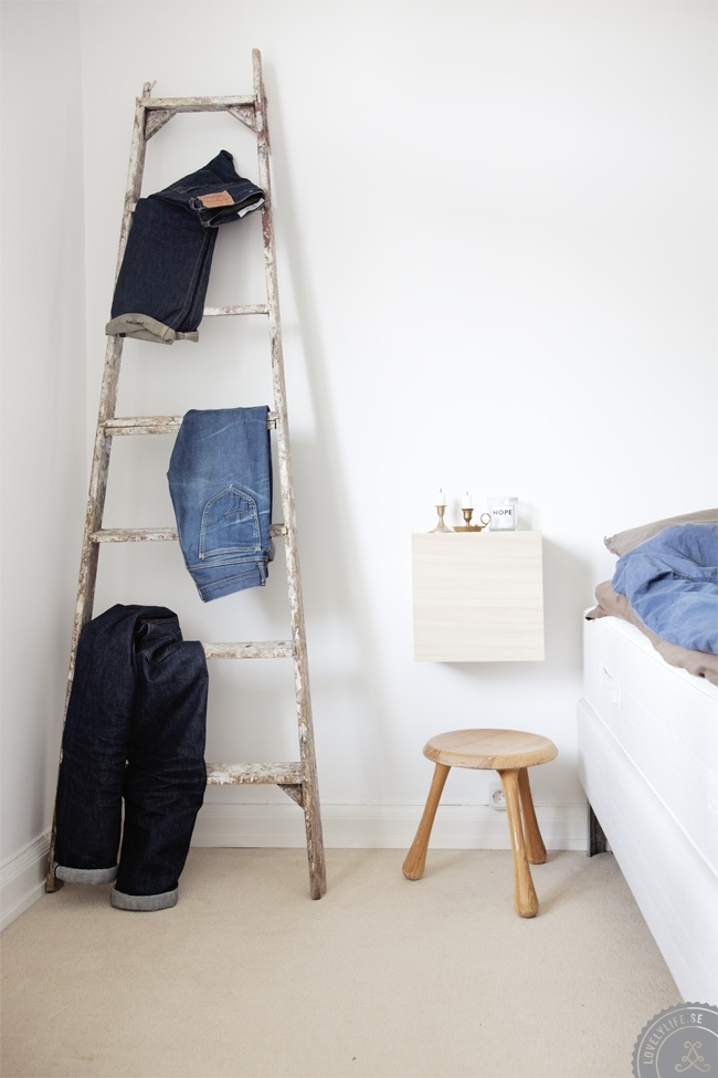 Sort of Hacks to Store your Jeans